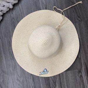 summer oversized hat fgcu